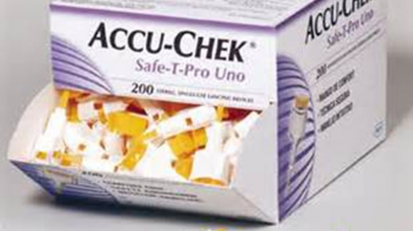 Lancetas ACCU-CHEK, automáticas e indoloras con sistema de seguridad antipinchazos.