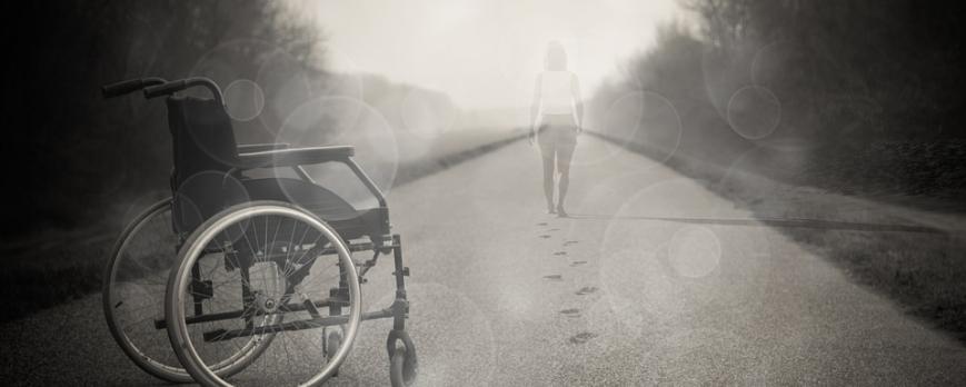 Familiares con silla de ruedas