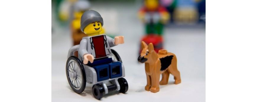 Infancia feliz en silla de ruedas